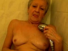 blue eyed cutie vs lesbian granny – Free XXX Lesbian Iphone