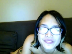 hairy-asian-girlfriend-toying
