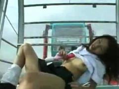 webcam-japanese-girl-nudity-masturbating-in-ferris-wheel