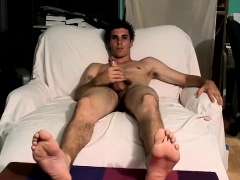 british-twink-gallery-and-man-gay-first-time-toe-curling