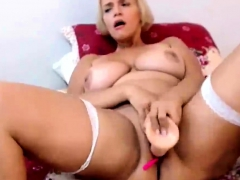 curvy-british-mom-masturbates-on-cam