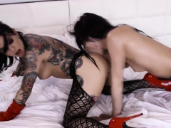 goth lesbian backdoor whores playing pussies and asses PornBookPro