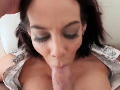 bath-time-with-mom-ryder-skye-in-stepmother-sex-sessions