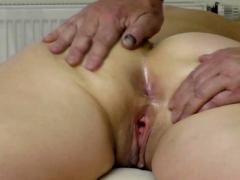 wifes-big-butt-massage-finger-in-asshole
