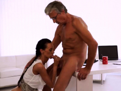 old4k-sexy-worker-finally-gets-chance-to-make-love-with