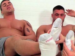 foot-fetish-stripped-homo-dream