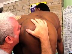 black-plumper-olivia-leigh-hot-massage