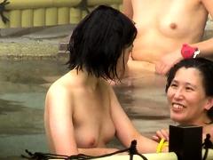 japanese-hot-spring-voyeur-2