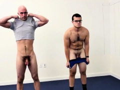 straight-army-men-playing-gay-porn-does-nude-yoga