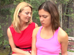 Sexymomma – Dyke Cougar Brenda James Pussy Play Stepdaughter