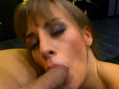 tattooed-ria-sunn-enjoys-anal-and-riding-with-cumshots