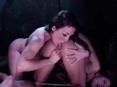 adriana-enjoys-licking-kissas-wet-pussy