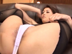 delightsome-mature-floozy-likes-playing-hard-till-she-comes