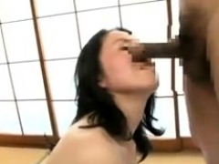 Shiina sweet japanese slut in the bathroom has small vibrat