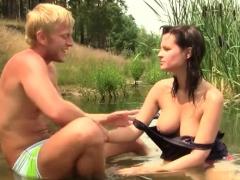 Sexy young girl Rita E gets juicy quim fucked