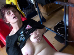 oldnanny-horny-mature-woman-solo-fingering