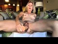 kamster-cum-video-with-commets