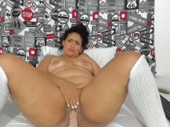 busty-bbw-milf-with-stockings-uses-some-toys
