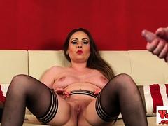femdom glamour babe shows off her vagina – xtinder.net