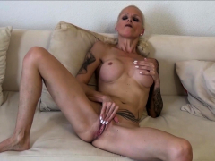 son-put-his-dick-in-his-masturbate-german-step-mom-sophie