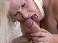 agedlove-sexologist-hardcore-with-former-soldier