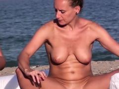 Hidden Camera Voyeur Beach Amateurs Nudist Close Up Video