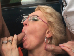 picked-up-sexy-grandma-takes-double-penetration-outdoors