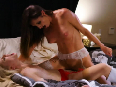 charlotte-and-silvia-celebrate-with-pussy-licking
