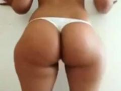 Arab Booty Shaking