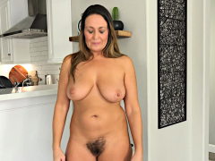 busty-mature-with-hairy-pussy-solo