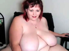 chubby-mature-brunette-uses-toys-to-masturbate