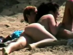 blowjob-on-the-beach