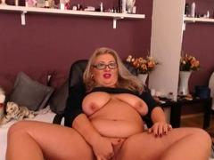 Blonde amateur granny shows her big tits on webcam