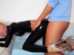 blowjob-and-doggystyle-of-a-blonde-girl
