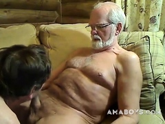 grandpa-stroke-and-be-sucked-on-cam