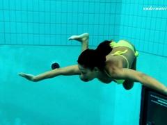 Zlata Oduvanchik underwater amazing naked babe