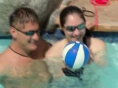 bisexual-swinger-babes-are-having-fun