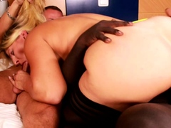german-big-ass-and-natural-tits-mom-at-homemade-mmf