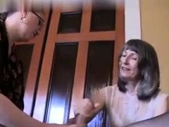 mature-handjob-amateur-tugging-on-dick-for-this-lucky-guy