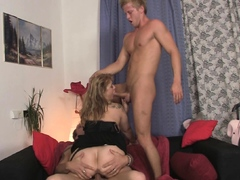 sexy-old-lady-loves-sucking-and-riding-at-same-time