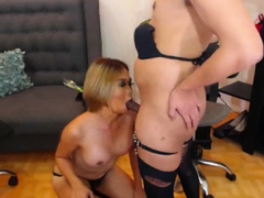 Gorgeous Shemale Huge Cock Sucking By Her Partner