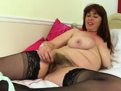 british-mum-janey-fucks-her-hairy-pussy-with-a-dildo