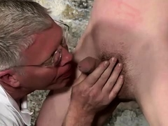 naked-sex-piss-young-boys-and-mens-thighs-gay-porn-sean