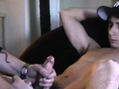 amateur-straight-twink-orally-pleased-by-dilf