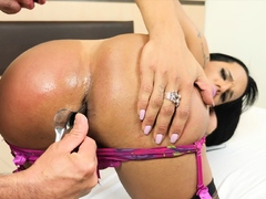 Big ass shemales ass fingered by a perverted big dick client