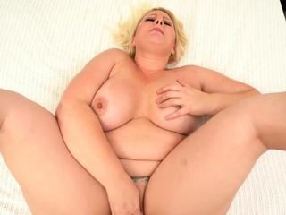 Busty MILF Babe Selah Rain Craves Some Big Cock POV Sex
