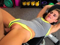 Fitness Rooms Hot Blonde Lindsey Cruz Squirting Gym Sex