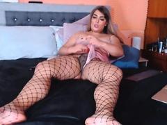 Huge Dick Wanna Suck it