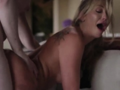 Hot tbabes Ella Hollywood and Adira Allure trade bj