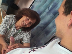 sewing-80-years-old-granny-pleases-her-customer